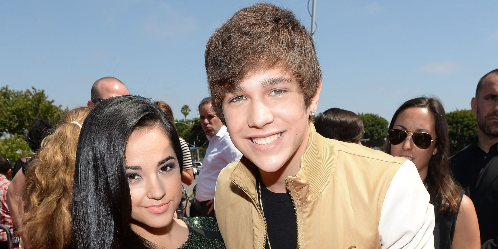 Is austin and becky dating