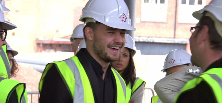 Liam Payne and Sophia Smith  in Wolverhampton vid