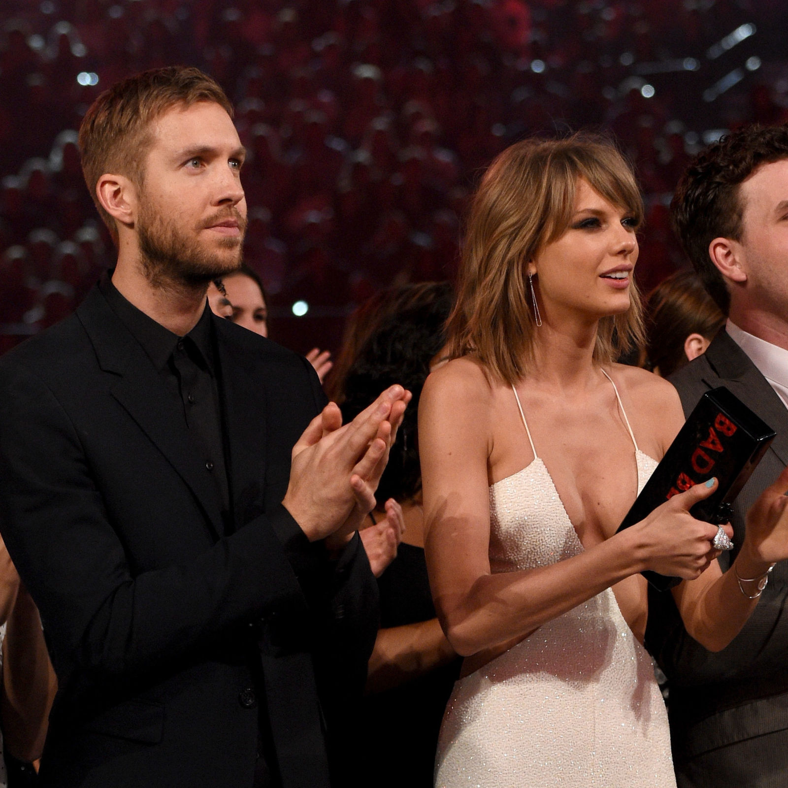 Taylor Swift And Calvin Harris Married: Magazine Claims That Taylor Swift And Calvin Harris Are
