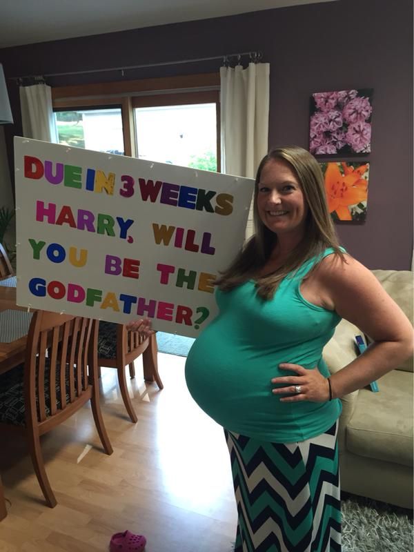 Preggers One Direction fan asks Harry Styles to be godfather to her baby